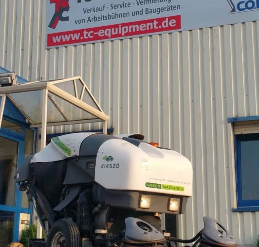 Green Machine 414S2D tennant Kehrsaugbesen sweeper