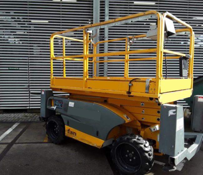 Haulotte Compact10 DX Dieselscherenbühne