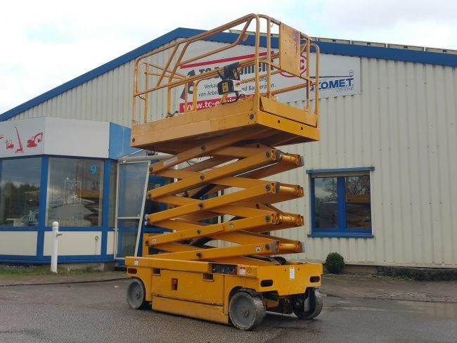 Haulotte Compact12 Arbeitsbühne Scherenbühne