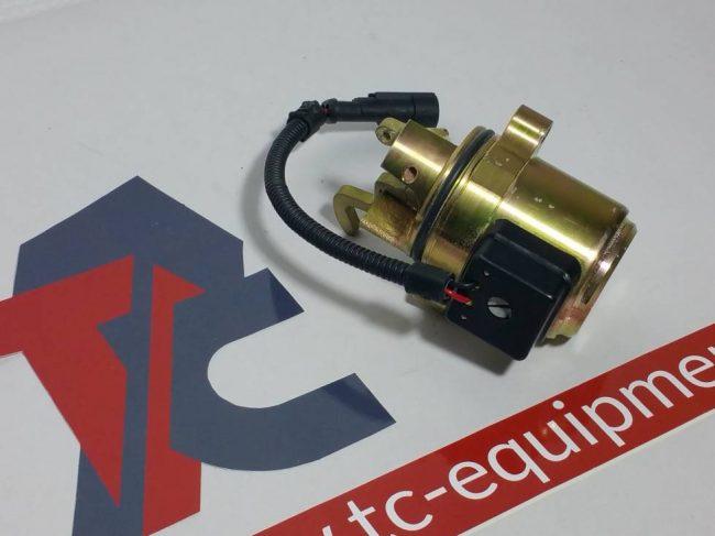 Deutz 0428 7583 Elektromagnetventil solenoid Kraftstoffabschaltung