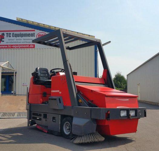 Powerboss Comander T82 Industriekehrmaschine Aufsitz- Kehrmaschine