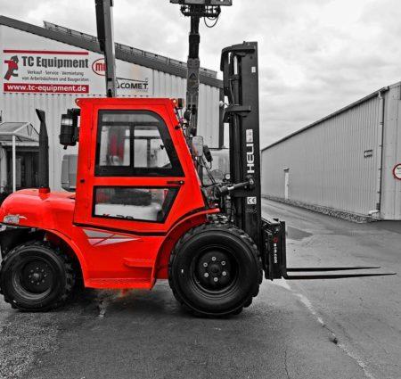 TC-GSG30 Gabelstapler Geländestapler Dieselstapler