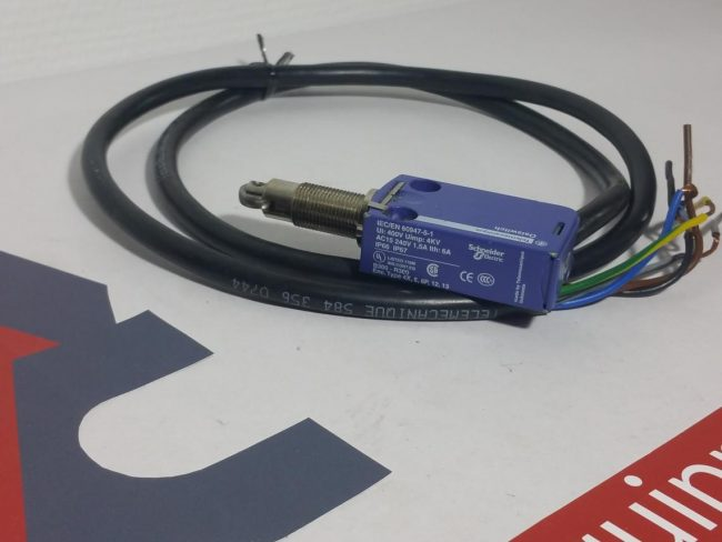 Telemecanique ZCMD21 Enschalter Limit Switch